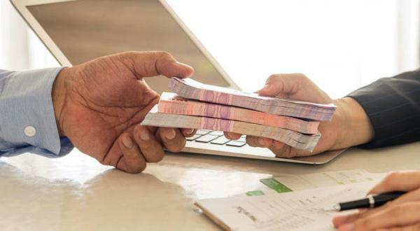 """قرض حكومي بفائدة 5% يمكن الحصول عليه برسالة على """"الواتس آب ..."""