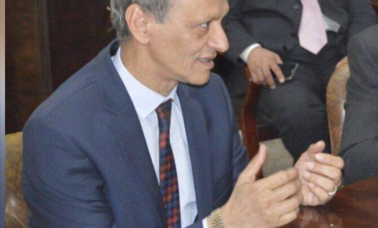 كمال عامر