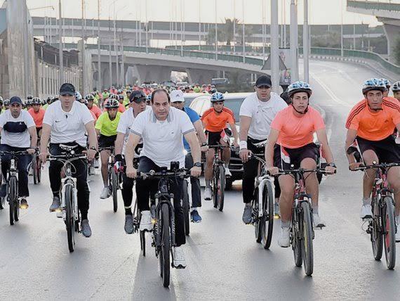الرئيس السيسىى يتبنى مشروعالدراجات