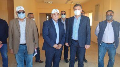 صورة رئيس الريف المصري ورئيس البنك الزراعي يفتتحان فرع البنك بالمنطقة الخدمية بالمغرة