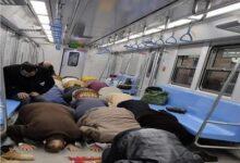 صورة هل تجوز  الصلاة في القطار المتحرك ؟