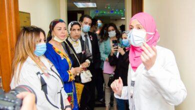 """صورة دعت إلى ضرورة الكشف المبكر عن سرطان الثدى النائبة أمل سلامة تدعم محاربات السرطان بمستشفى """" بهية"""""""